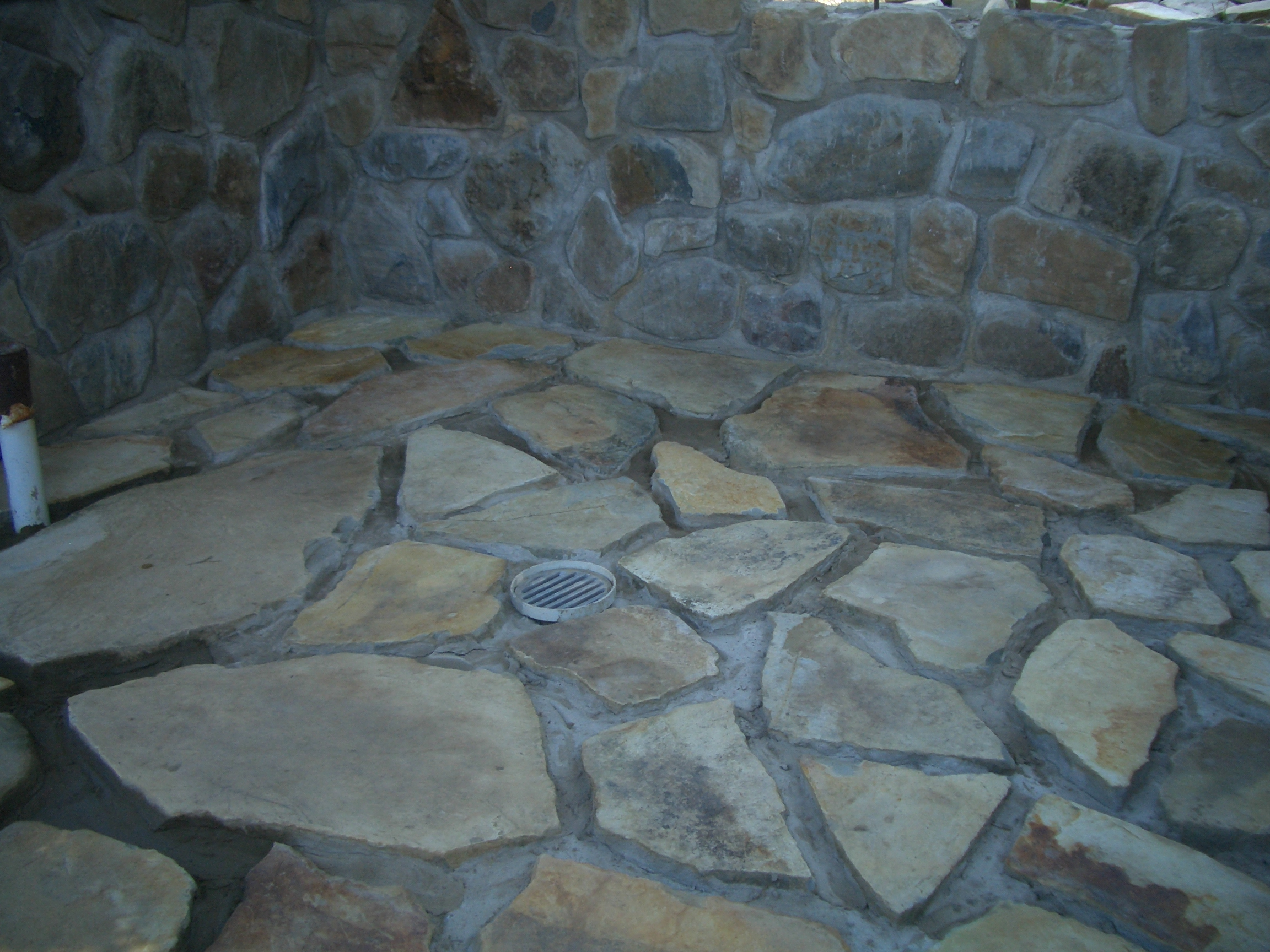 Our Bathroomu0027s Rock Wall And Newly Laid Rock Floor